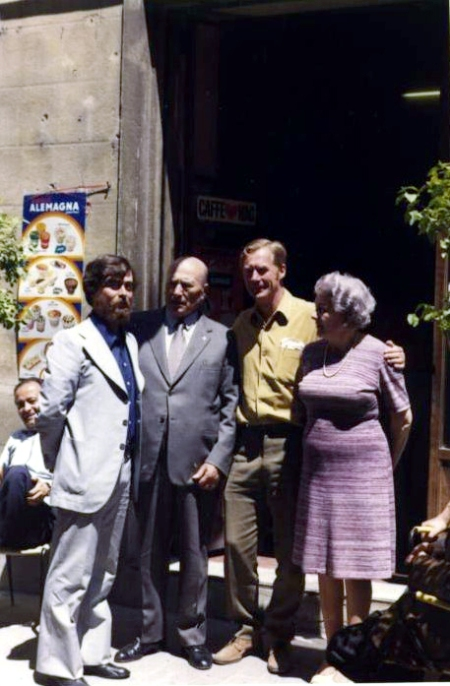 Fausto Braganti, Luigi Batti, L.H. Brown (Hinton) ed Elvira Batti - Ionio fa capolino