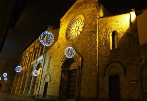 il Duomo di Sansepolcro con le palle, Natale 2012