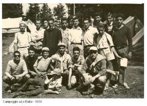 1959 campeggio di Don Giacomo, cosa rara ci sono anch'io che spesso ero il fotografo.