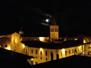 la luna fra i campanili di Sansepolcro