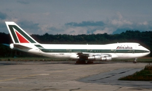 Alitalia Boeing 747-