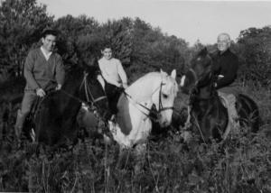 Nino ed Jane fanno compagnia a Giovanni, fine anni '50